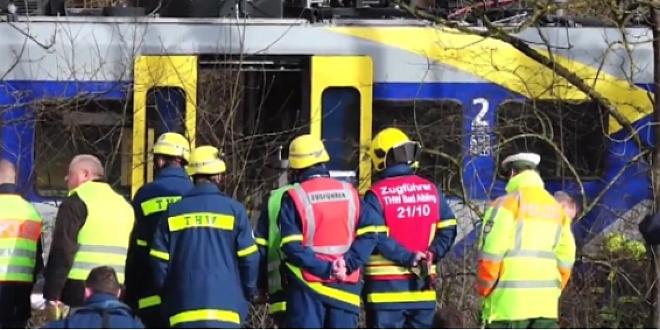 Tragiczne zderzenie pociągów w Bawarii