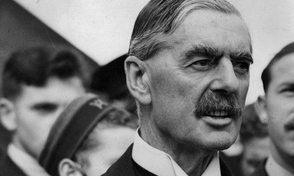 Profesor Edward Rożek z Uniwersytetu Północnego Colorado dowodzi, że to wcale nie kanclerz Niemiec Adolf Hitler, lecz brytyjski premier Neville Chamberlain ... - cb626d431cba18b8799aa38a2c86b6d3,2,0
